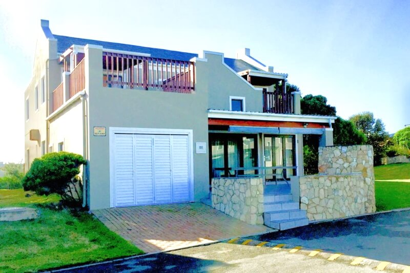 New Buildings and Nutec Cladding by Stilbaai Builders