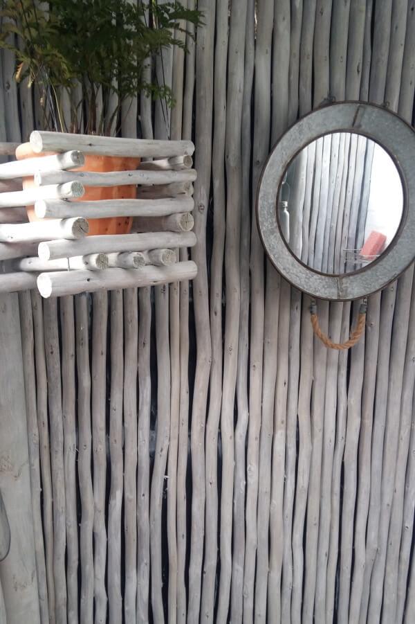 Latte-Riete & Wooden Decks
